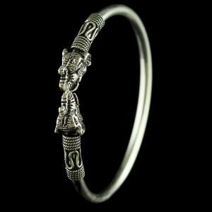 92.5 Sterling Silver  Elephant Design Flex Bangle