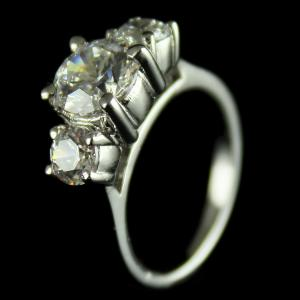 92.5 Sterling Silver Cocktail Finger Ring Studded Swarovski Stones