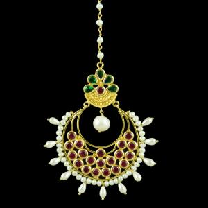 GOLD PLATED MANGTIKKA WITH GREEN HYDRO RED CORUNDUM AND PEARLS