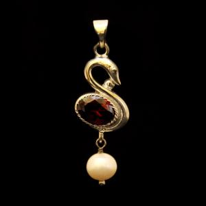 STERLING SILVER CZ AND PEARL BEADS PENDANT