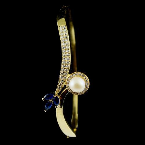 Kada and screw bangles