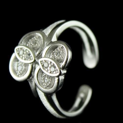 92.5 Sterling Silver Fancy Teo Ring Studded Zircon Stones