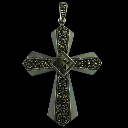 92.5 Sterling Silver Fancy Cross Design Pendant Studded Cristels