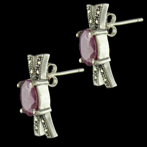 92.5 Sterling Silver Fancy Design Oxided Casual Earring Studded Criystals And Ruby Stones