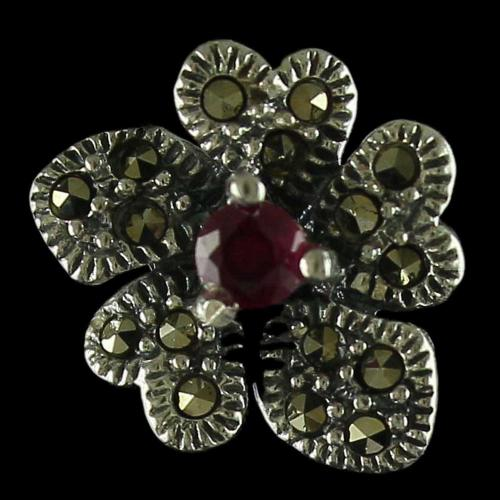 92.5 Sterling Silver Fancy Design Oxidized Casual Earring Studded Criystals And Ruby Stones