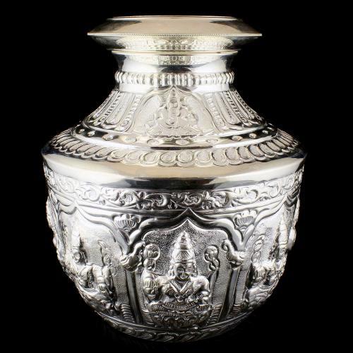 92.5 Sterling Silver Fancy Nagas Chembu