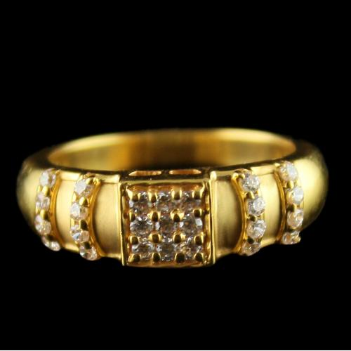 18 Ct Gold Fancy Design Rings
