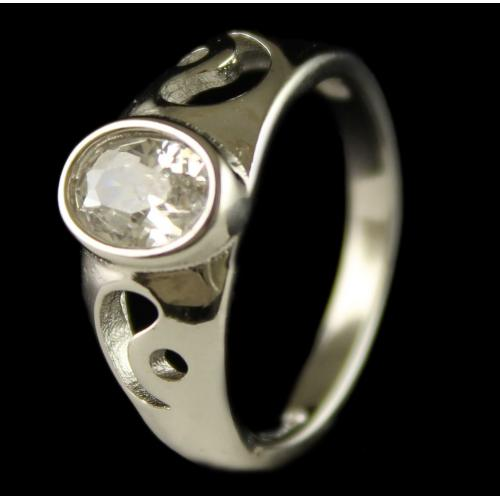 R6706 Sterling Silver Ring Studded Zircon Stones