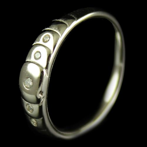 R4530 Sterling Silver Band Ring Studded Zircon Stones