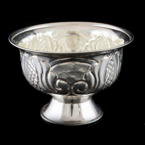 Silver sandle cup