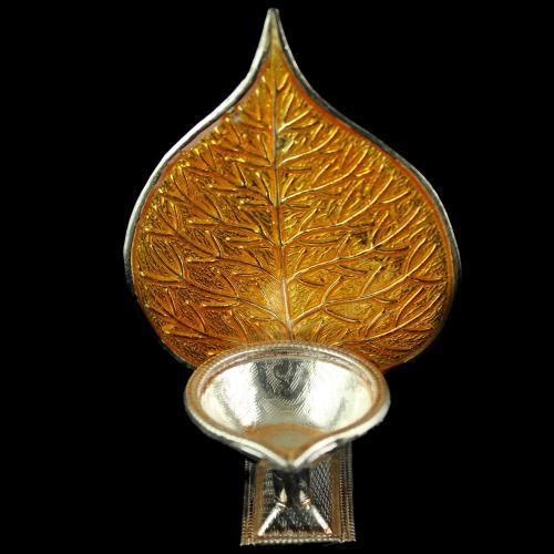 Silver Leaf Design Lamp