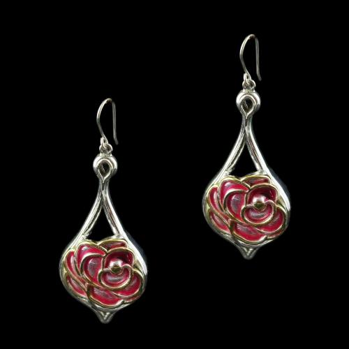 Silver Fancy Design Hanging Earring