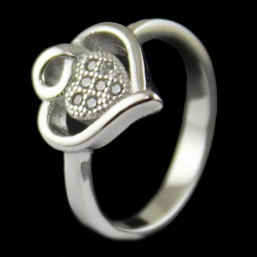 R13392 Sterling Silver Fancy Ring Studded Zircon Stones