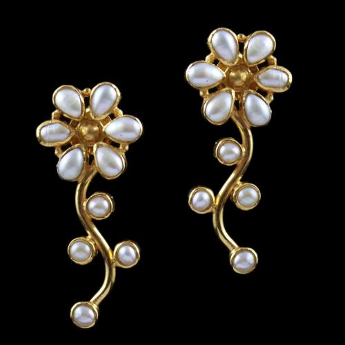 Flower Drops Earring With Pearl