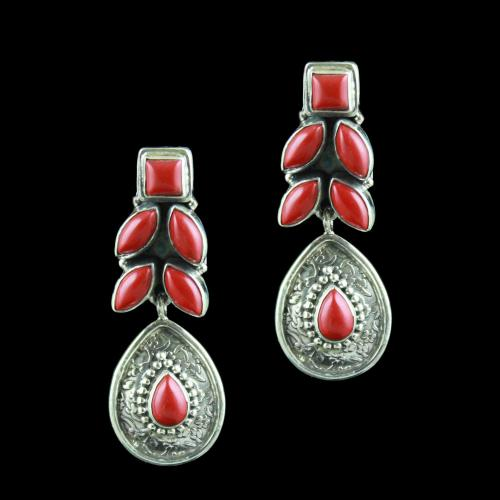 SILVER FLORAL DESIGN OXIDIZED EARRING WITH SEMIPERIOUS STONES
