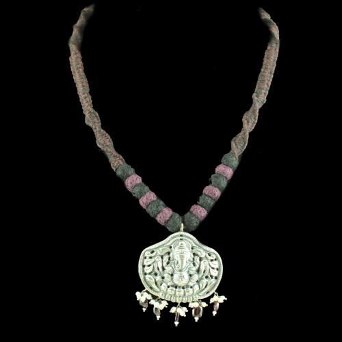 OXIDIZED GANESHA THREAD NECKLACE WITH PEARL AND GARNET BEADS