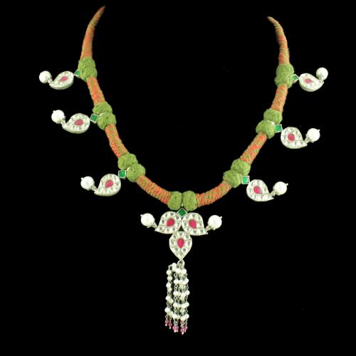 OXIDIZED FLORAL KUNDAN AND PEARL THREAD NECKLACE