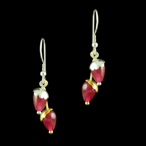 TWO TONE HANGING EARRINGS WITH RED CORUNDUM