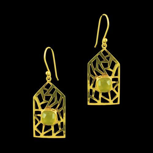 GOLD PLATED HANGING EARRINGS WITH ONYX STONES