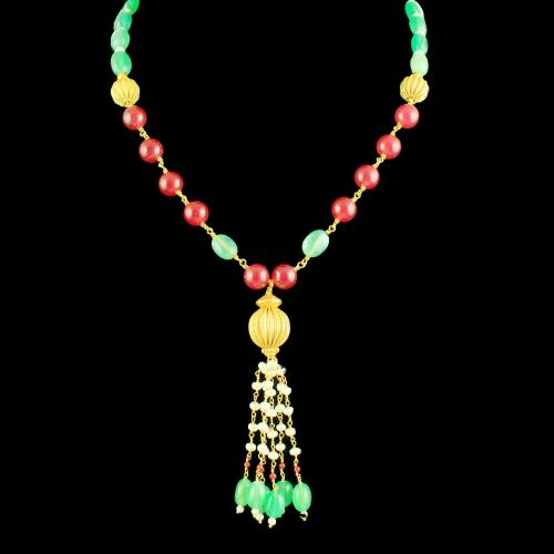 GOLD PLATED ONYX AND PEARL BEADS NECKLACE