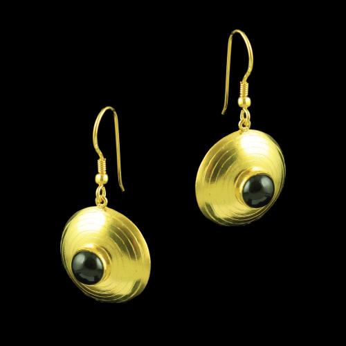 GOLD PLATED ONYX HANGING EARRINGS