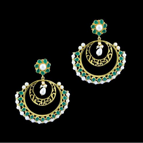GOLD PLATED FLORAL EMERALD AND PEARLS EARRINGS