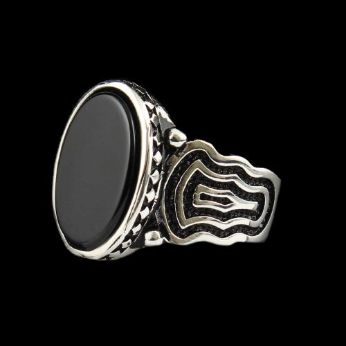 OXIDIZE SPINEL STONE RING