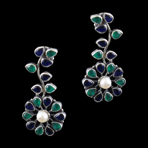 OXIDIZED SILVER FLORAL EARRINGS WITH EMERALD AND SAPPHIRE STONES