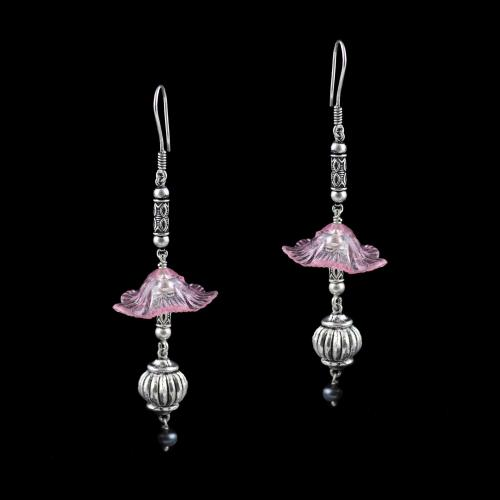 OXIDEZED SILVER HANGING EARRINGS WITH CRYSTAL FLOWER AND BLACK PEARL