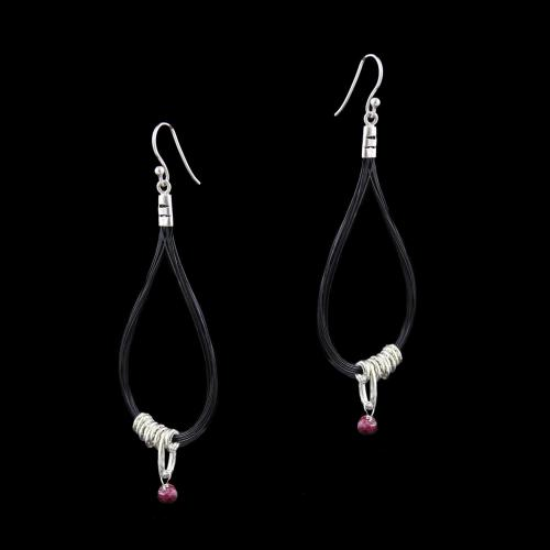 OXIDEZED SILVER HANGING EARRINGS WITH RUBY BEADS