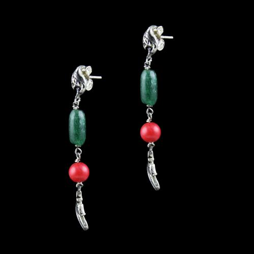 OXIDIZED SILVER FLORAL EARRINGS WITH ONYX AND CORAL BEADS