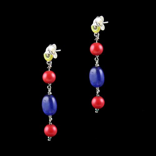 OXIDIZED SILVER EARRINGS WITH ENAMEL CORAL AND QUARTZ BEADS