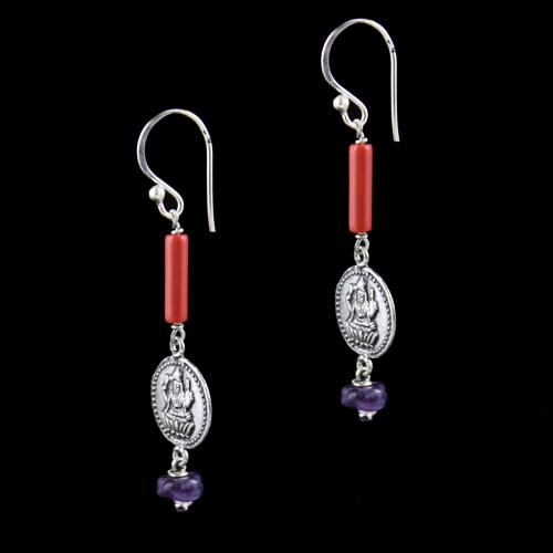 OXIDIZED SILVER HANGING EARRINGS WITH CORAL AND QUARTZ BEADS