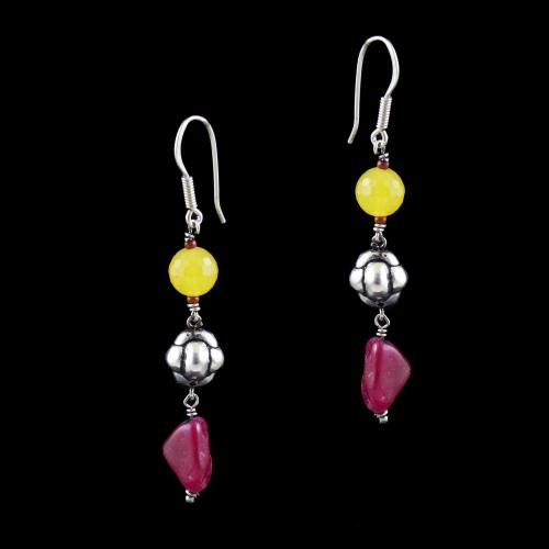 OXIDIZED SILVER HANGING EARRINGS WITH RED AND YELLOW QUARTZ BEADS