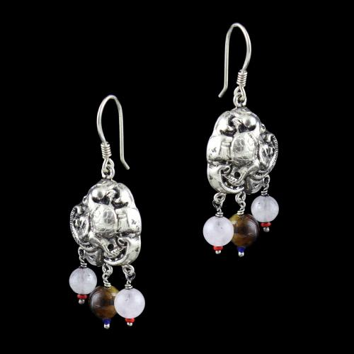 OXIDIZED SILVER HANGING EARRINGS WITH TIGER EYE AND QUARTZ BEADS