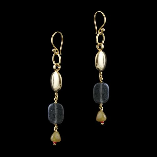 GOLD PLATED HANGING EARRINGS WITH QUARTZ BEADS