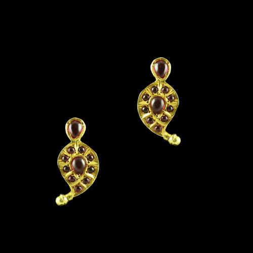 GOLD PLATED MANGO EARRINGS WITH RUBY