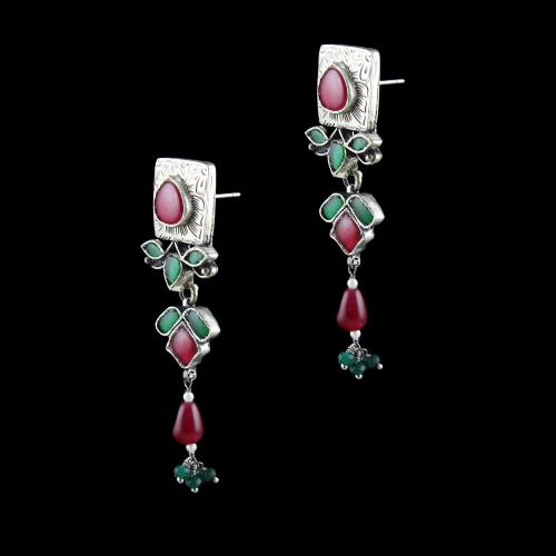 OXIDIZED SILVER KUNDAN EARRINGS WITH RED ONYX AND GREEN HYDRO STONES