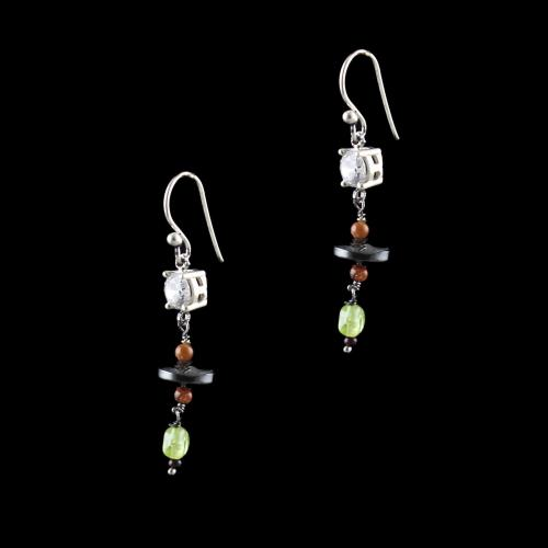 OXIDIZED SILVER HANGING EARRINGS WITH CZ AND BLACK PEARL WITH QUARTZ