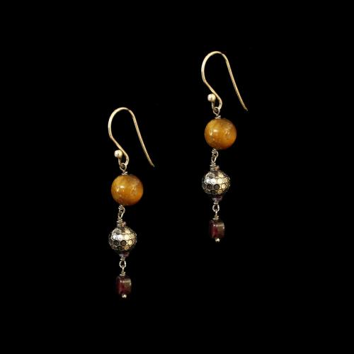 OXIDIZED SILVER EARRINGS WITH  TIGER EYE AND GARNET