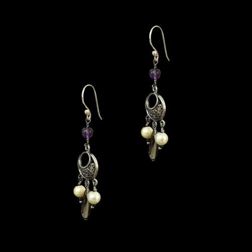 OXIDIZED SILVER EARRINGS WITH PEARL AND QYARTZ