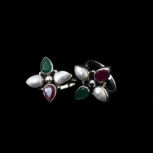 OXIDIZED SILVER RED COURNDUM GREEN HYDRO PEARL TOE RINGS