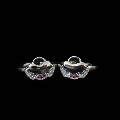OXIDIZED SILVER CZ AND RUBY  TOE RINGS
