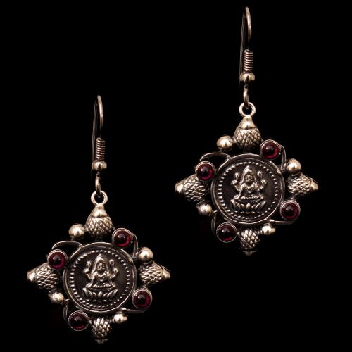 OXIDIZED SILVER RED OYNX HANGING EARRINGS