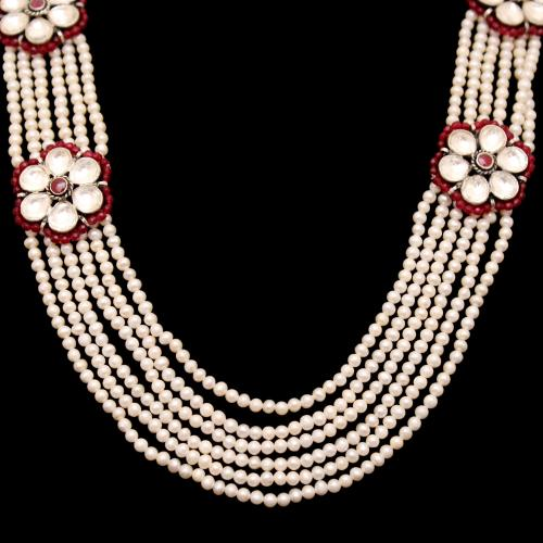KUNDAN STONE NECKLACE WITH RED CORUNDUM AND PEARL BEADS