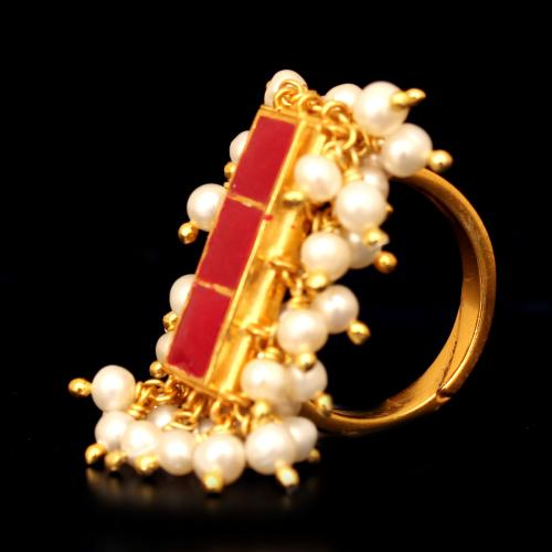 GOLD PLATED ENAMEL RING WITH PEARL BEADS