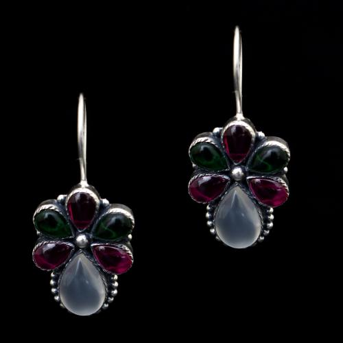 OXIDIZED SILVER RED AND GREEN CORUNDUM WITH ONYX EARRINGS