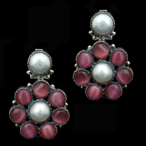 OXIDIZED SILVER MONALISA AND PEARL BEADS EARRINGS