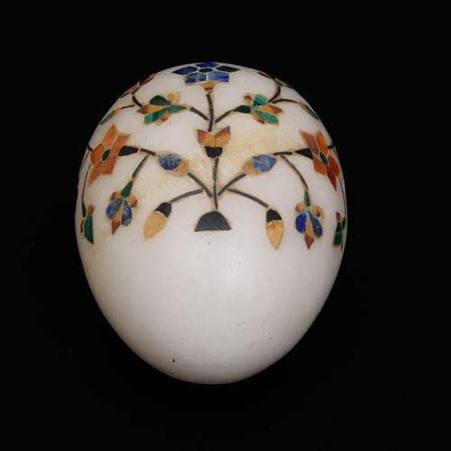 MARBLE EGG WITH  INLAY STONE WORK