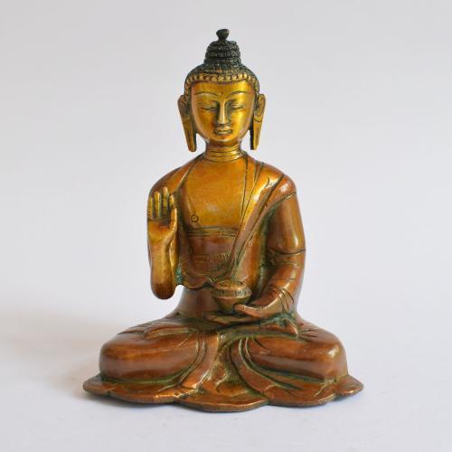BRASS BUDDHA IDOL WITH COPPER FINISH